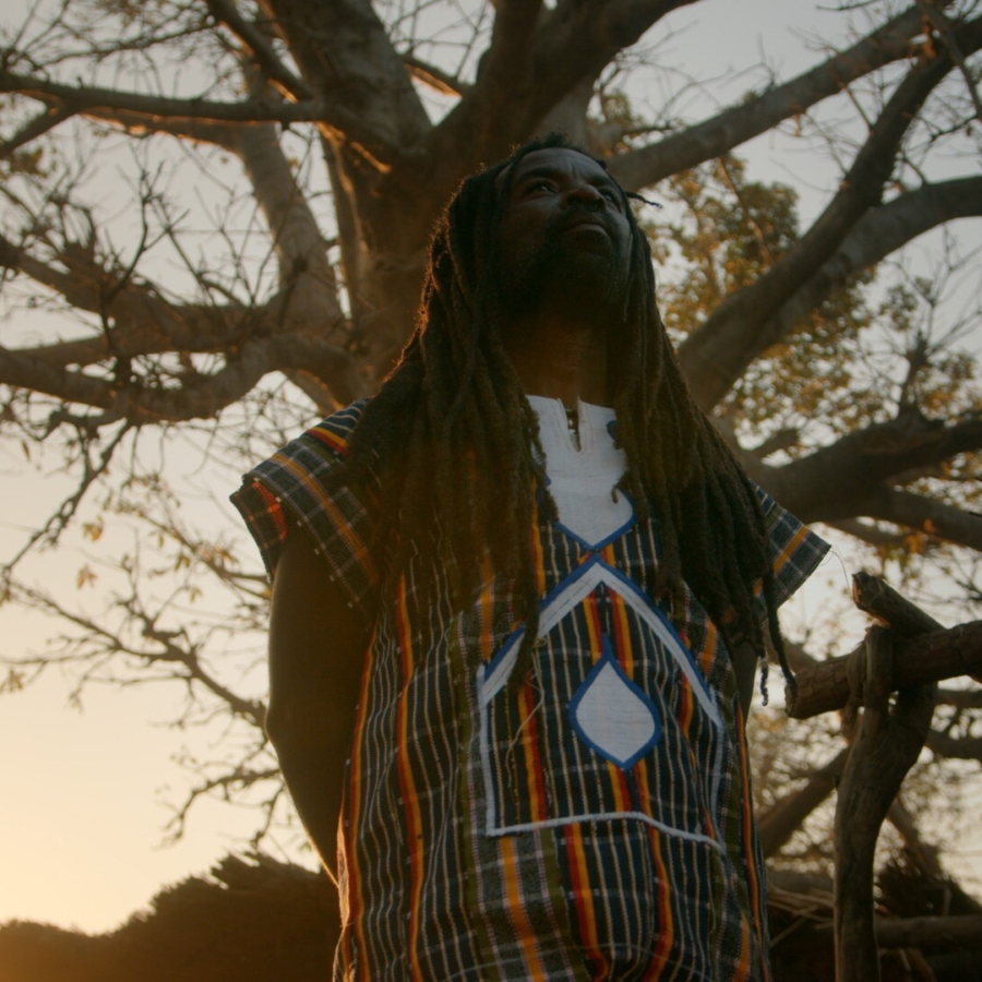"""Rocky Dawuni Drops New Video """"Beautiful People"""", 2nd Visual Off His 'Voice Of Bunbon' EP - WATCH"""