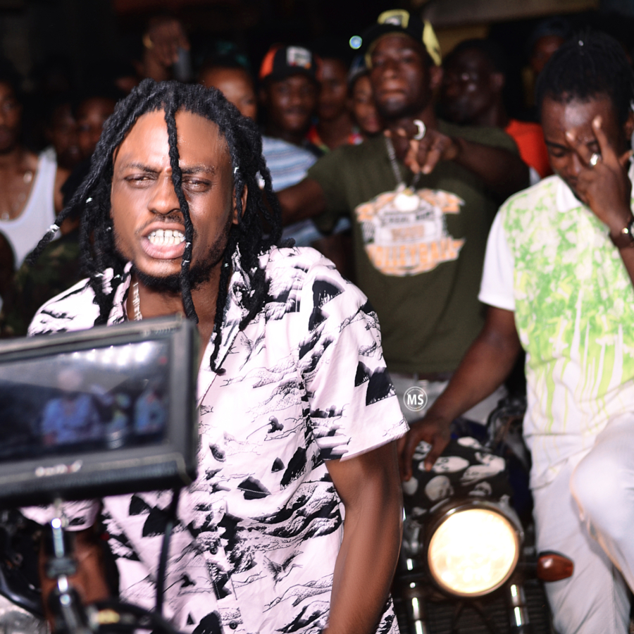 Sunshine Soldier Rallies The Streets of Ashaiman For His PonDem Music Video